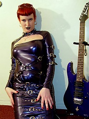 Shemale Goth Angel At Grooby-Archives.com