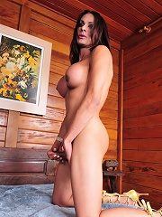 Seductive Chelsea posing in her summer cottage